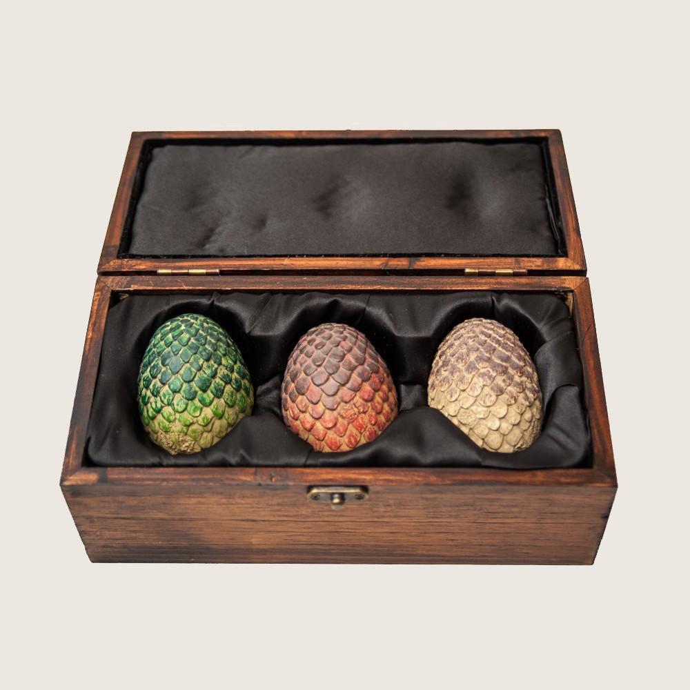 Game Of Thrones Replica Dragon Eggs Set In Wooden Box